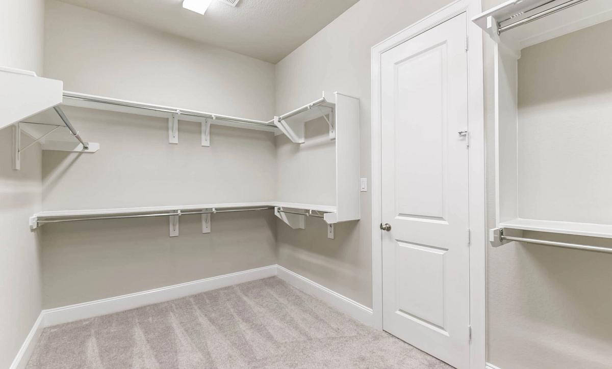 Plan 5129 Master Closet