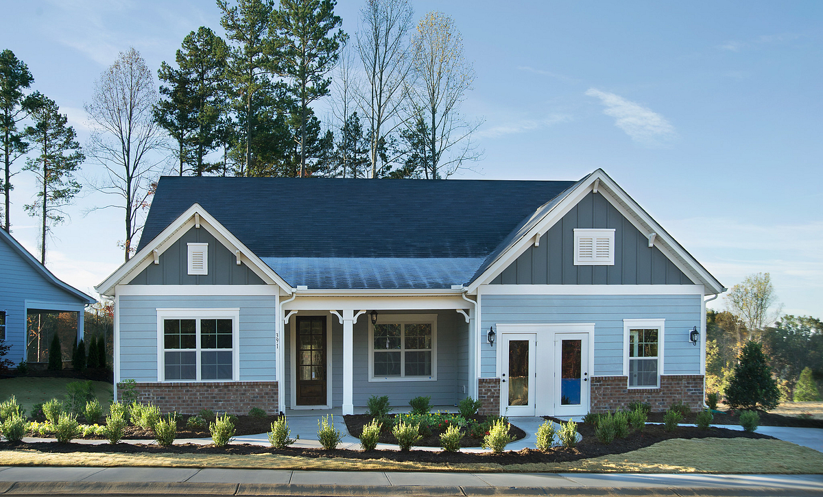 Everett Model Home Exterior
