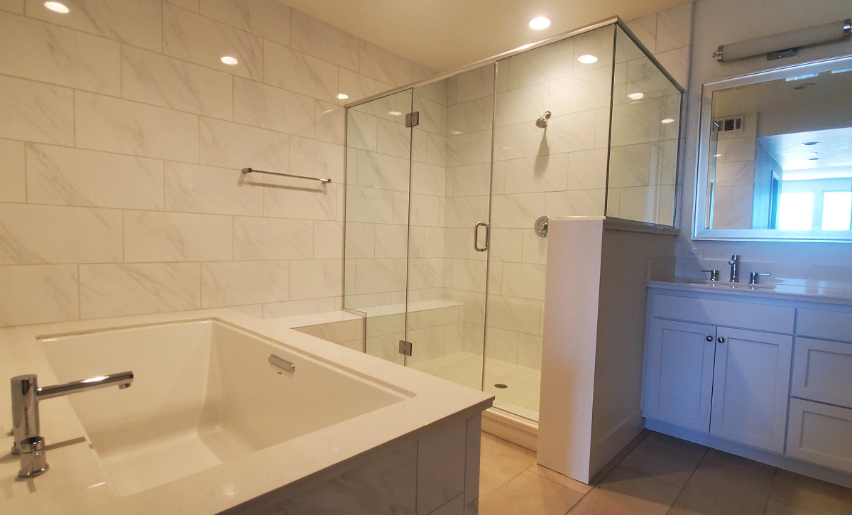 Waterline Homesite 810 Primary Bath