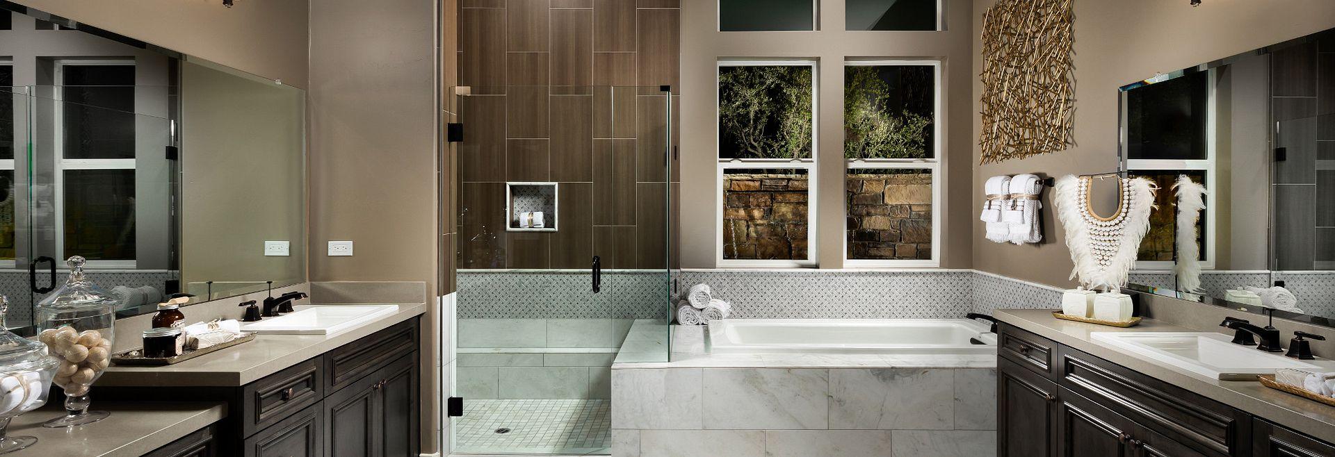 Trilogy Monarch Dunes Dolcetto Master Bath