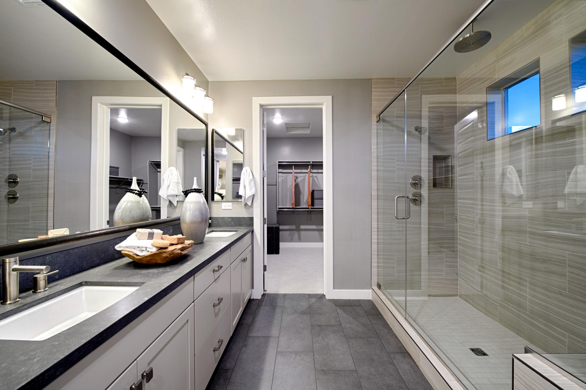 Plan 4014 Master Bath