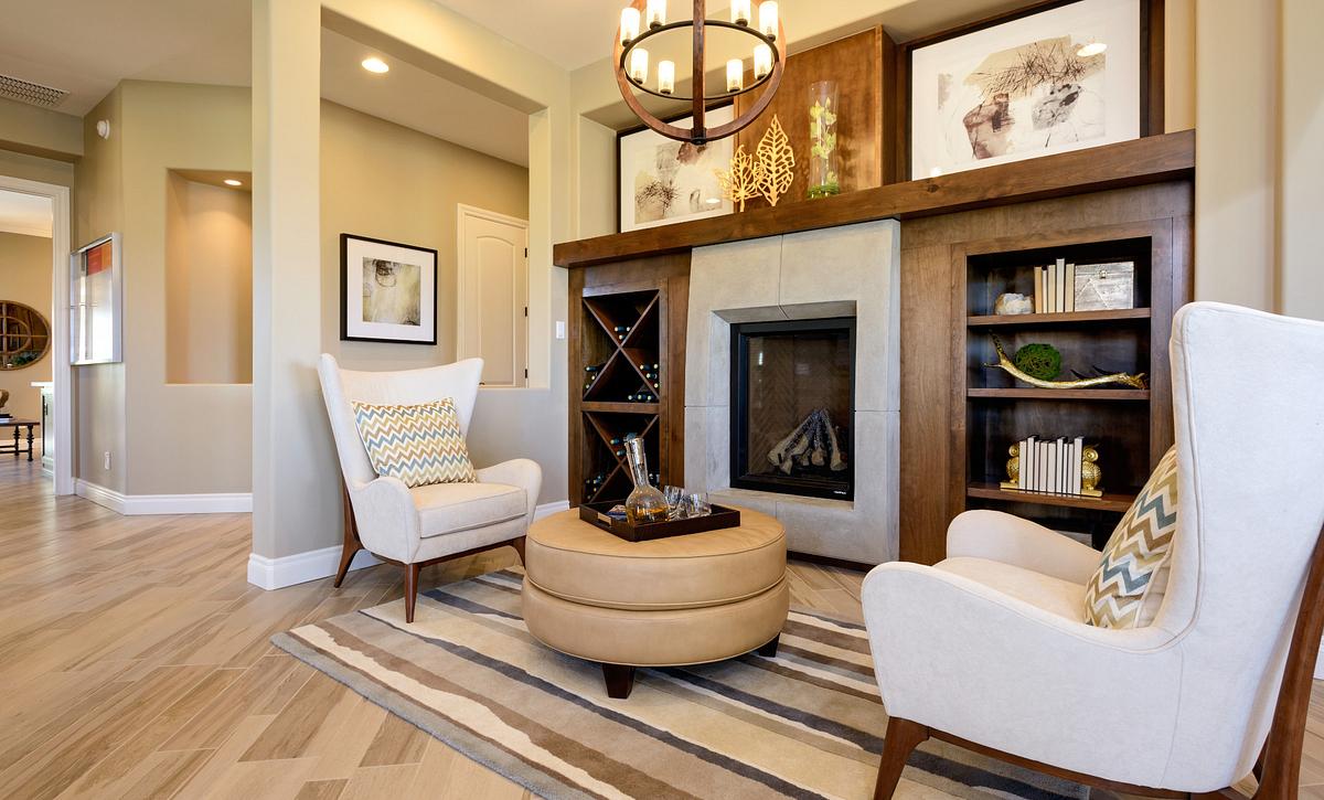 Captivate Model Lounge