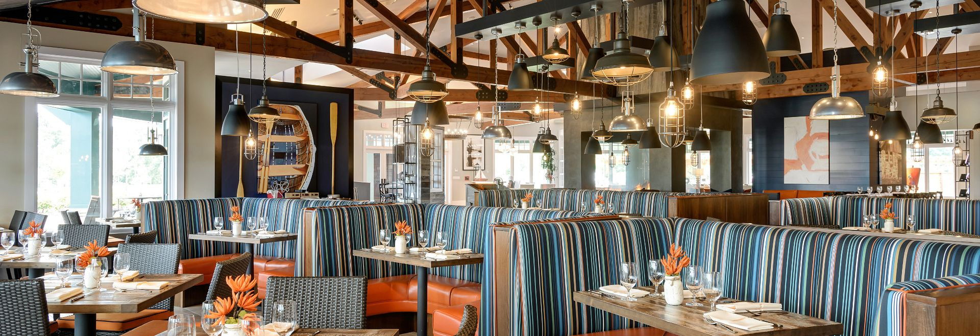 Region's 117 Restaurant at Trilogy Lake Frederick by Shea Homes