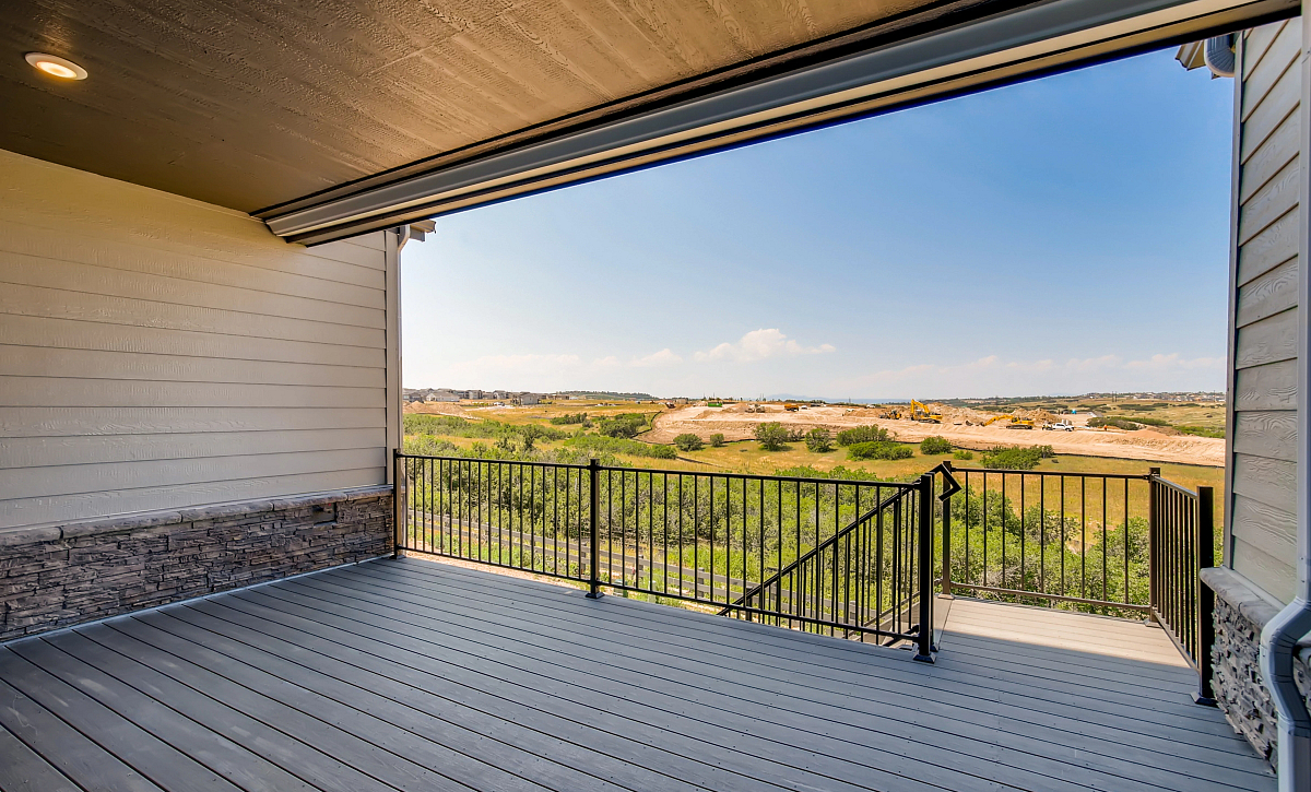 Canyons Luxe Weston Covered Deck