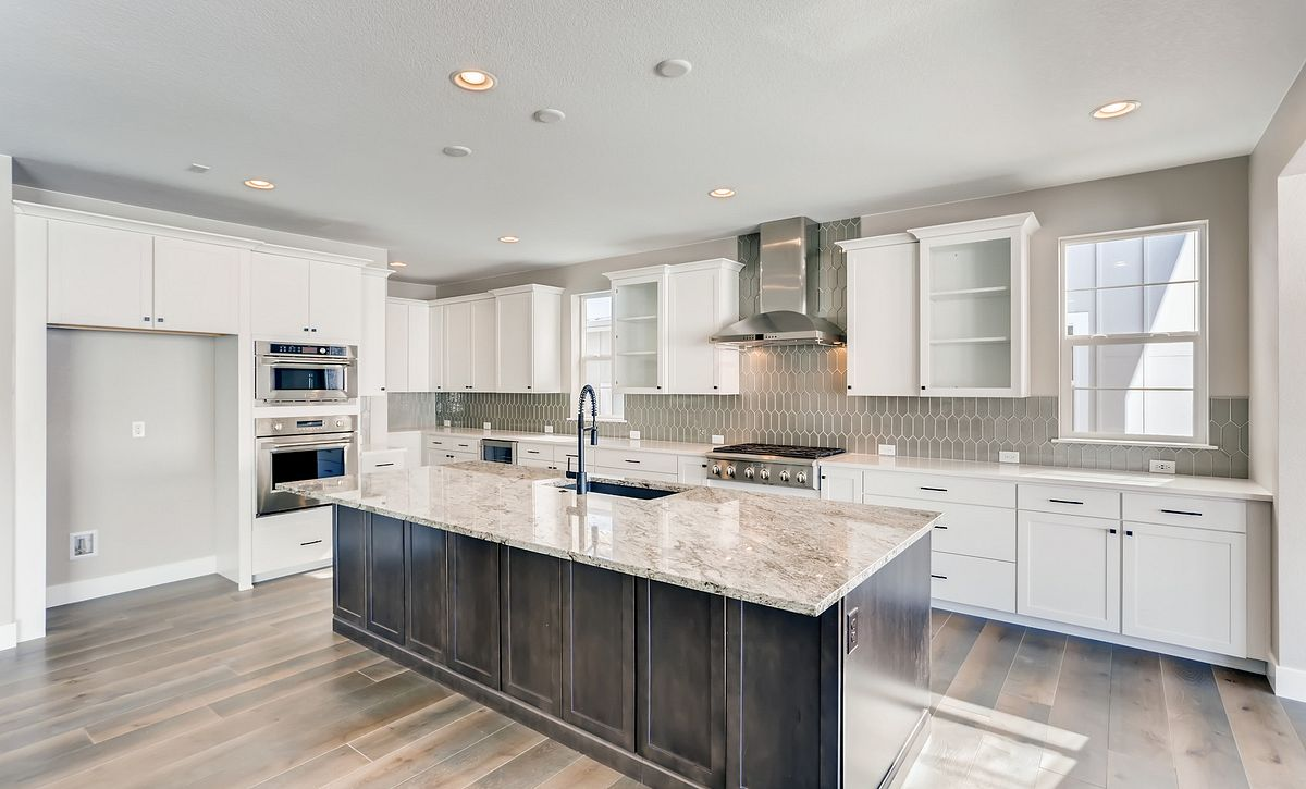 Canyons Luxe Weston Kitchen