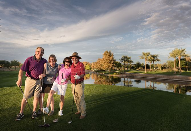 Vistancia Homeowners Golfing