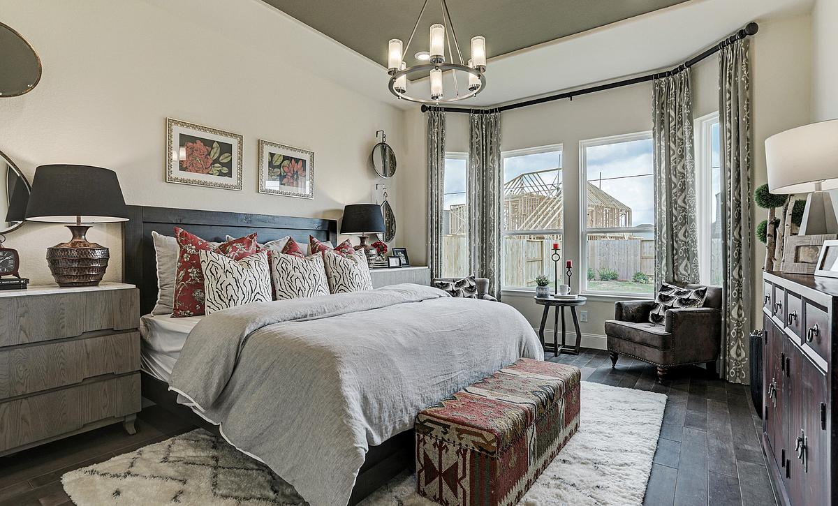 Del Bello Lakes Plan 4125 Primary Bedroom