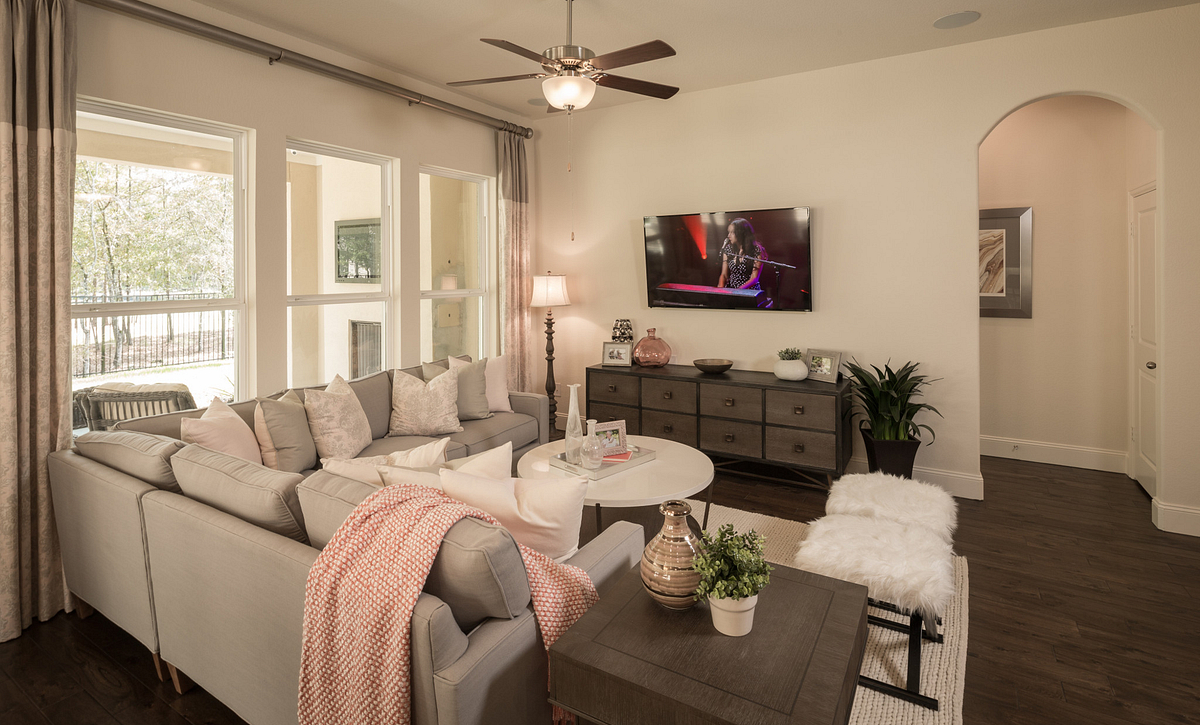 Plan 4117 Living Area modeled in Harmony