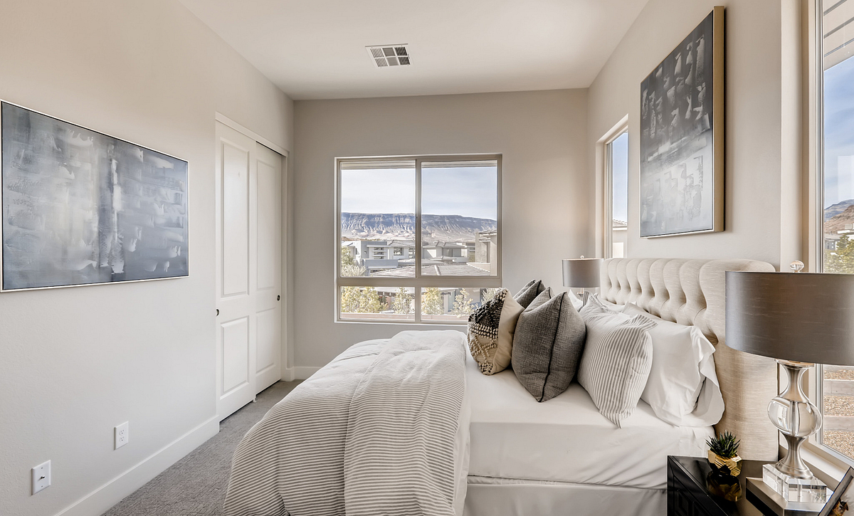 Trilogy Summerlin Summit Guest Bedroom