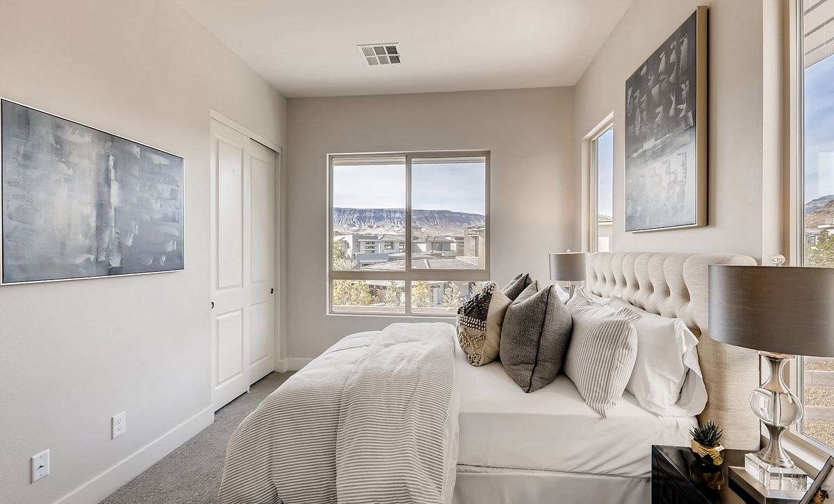 Trilogy Summerlin Summit Guest Bedroom
