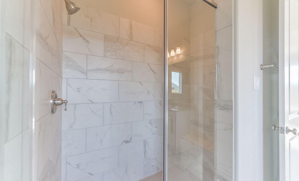 Plan 6040 Master Bath