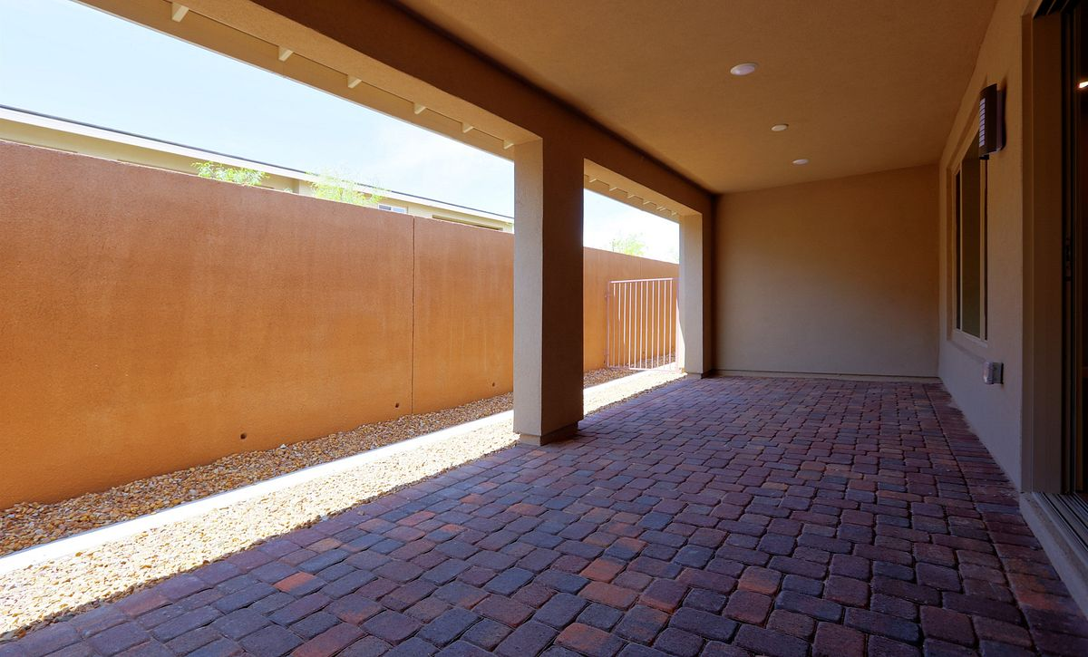 Trilogy Summerlin Reflect Covered Patio