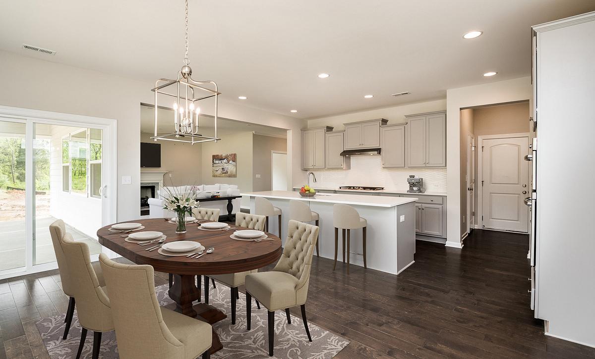 Weston plan Kitchen & Breakfast Room