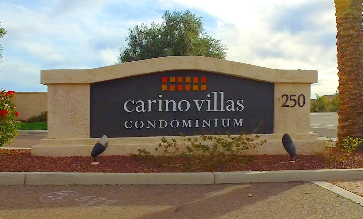 Carino Villas Entry Sign