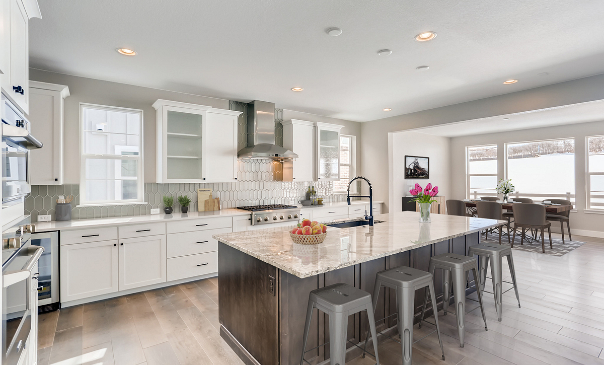 Canyons Luxe Weston Kitchen & Dining