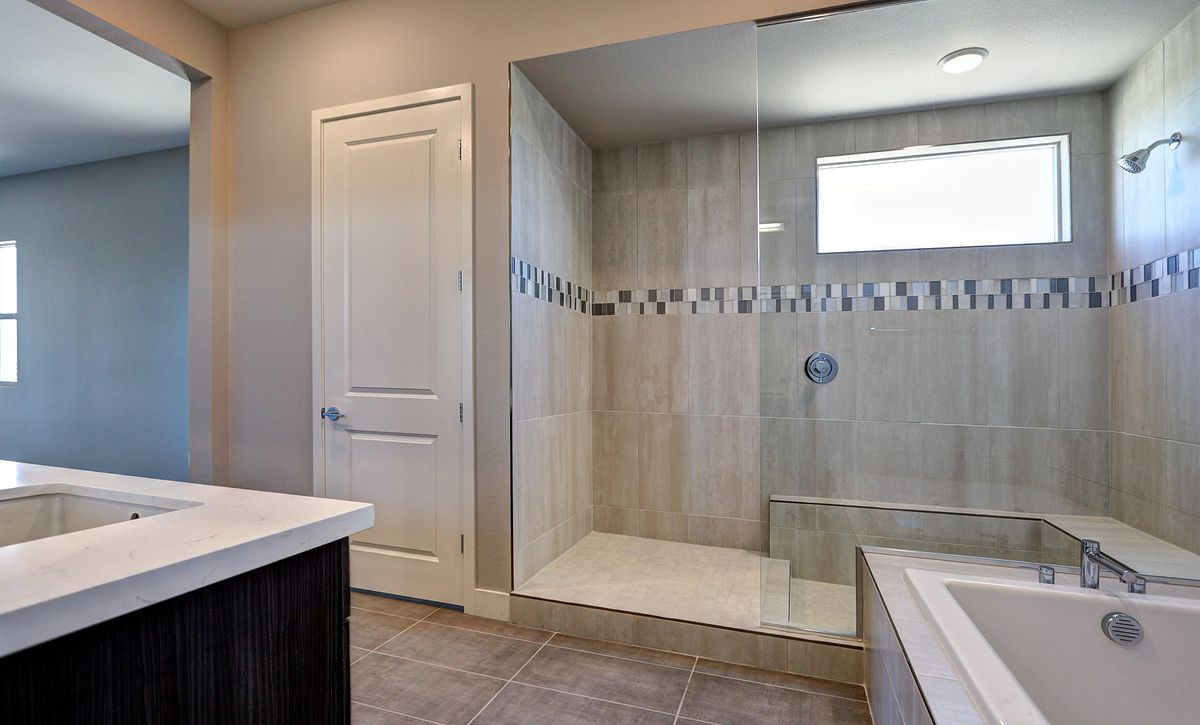 Trilogy in Summerlin Luminous Master Bath