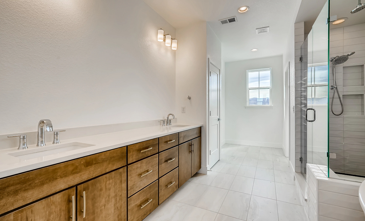 Solstice Trails Edge Shadowbrook Master Bath