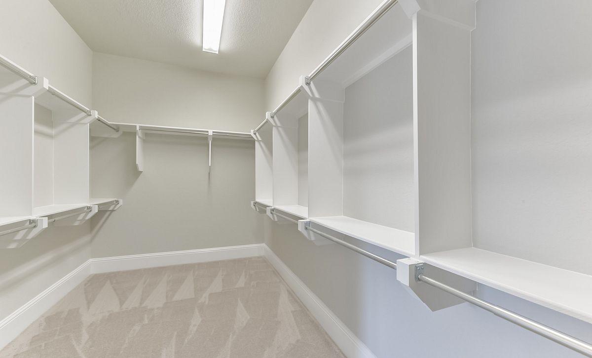 Plan 6040 Master Closet