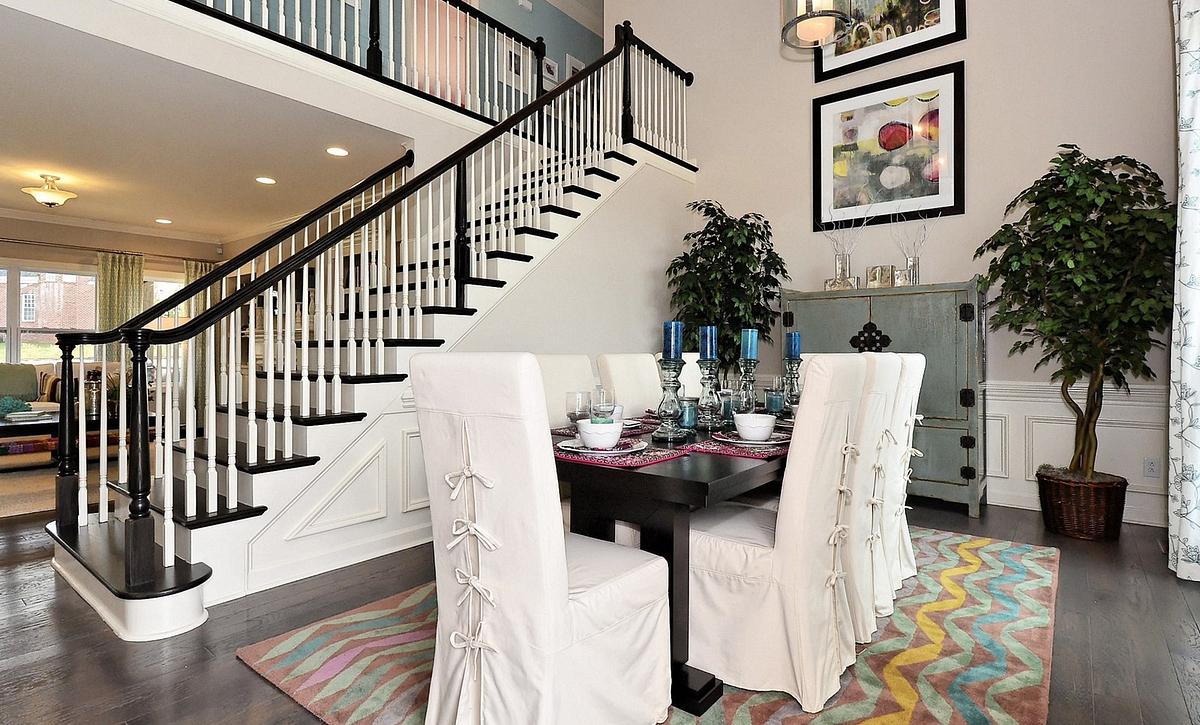Silverado plan Formal Room 1