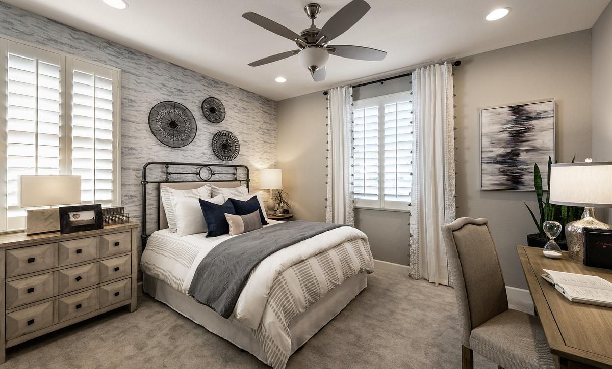 Lumina Model Guest Room