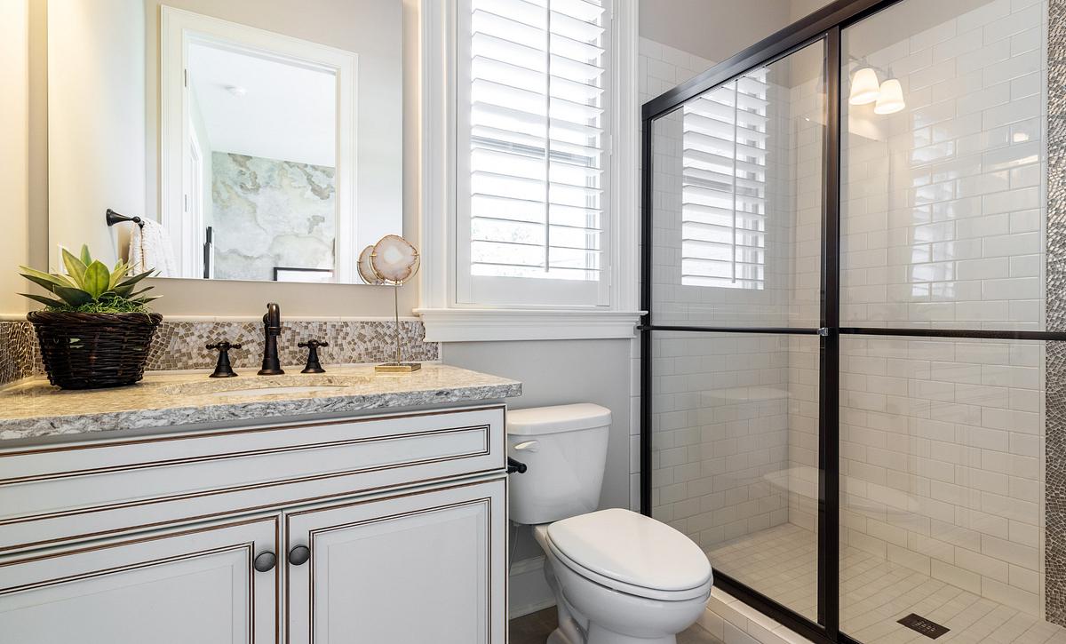 Grayson plan First-Floor Guest Suite Bath 3