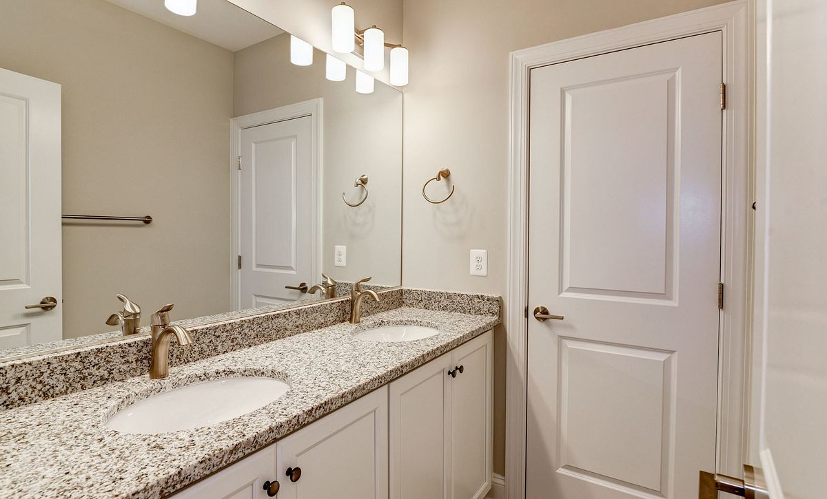 Trilogy at Lake Frederick Quick Move In Aspen Plan Lower Level Bath