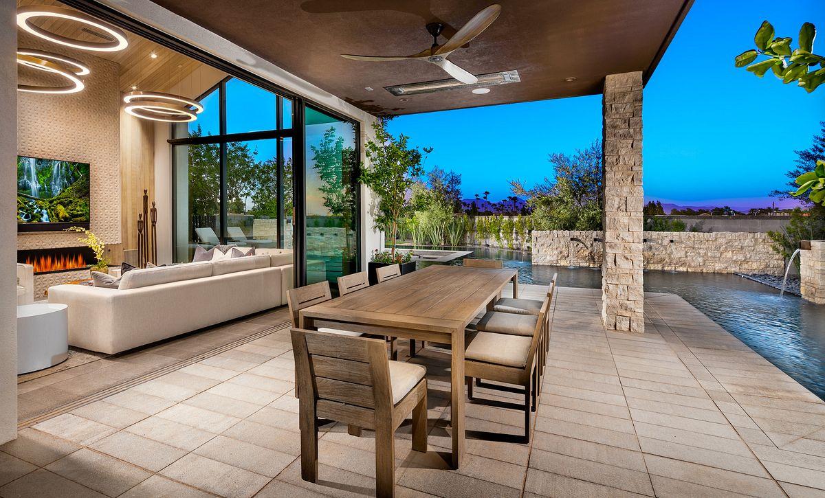 Azure, Residence 1 Indoor/Outdoor Room