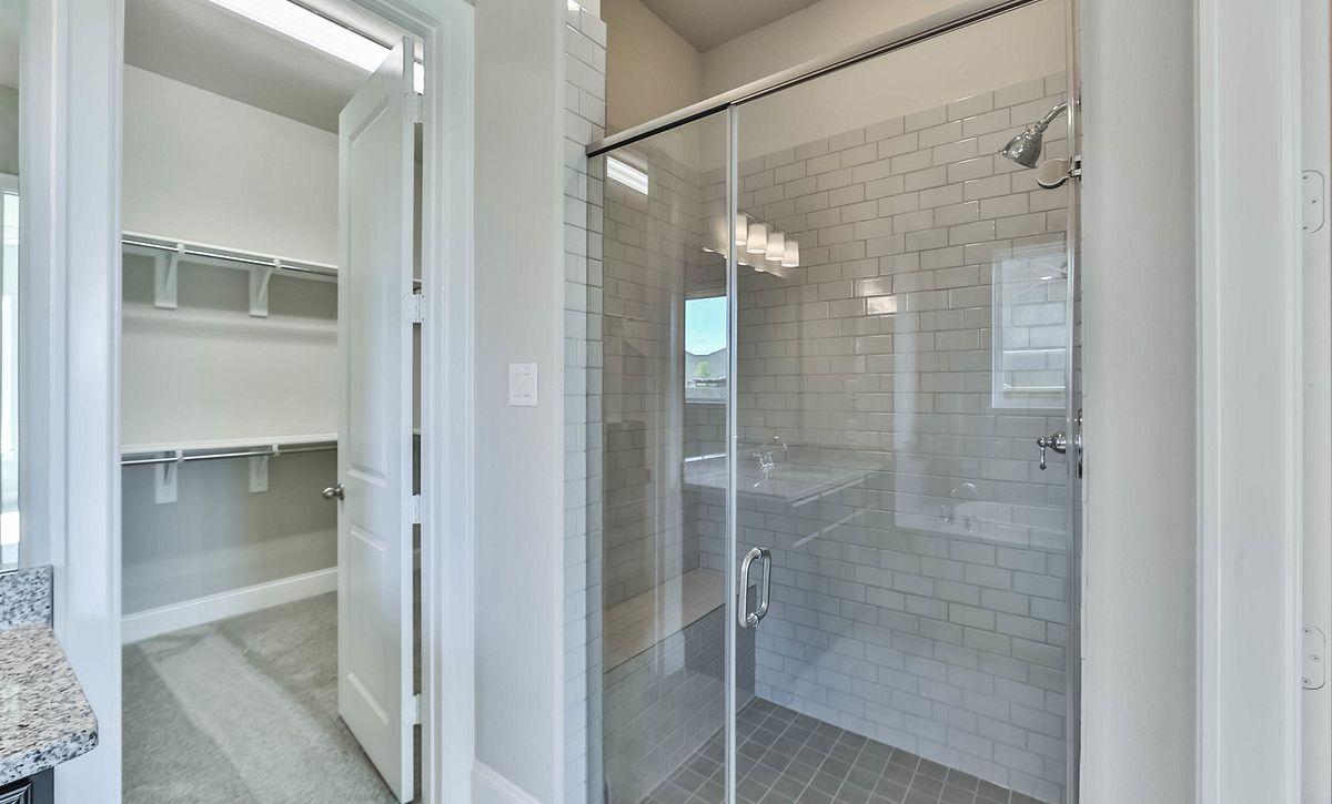 Plan 6020 Master Bath