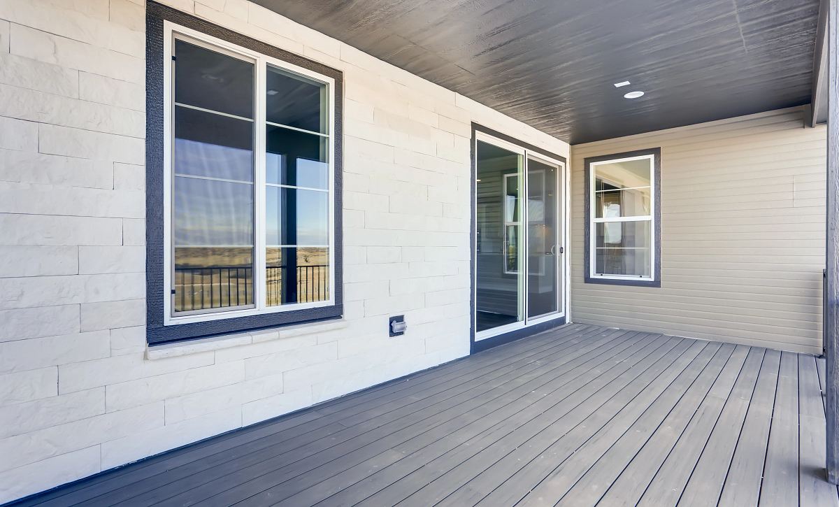 Canyons Gallery Zolla Covered Deck