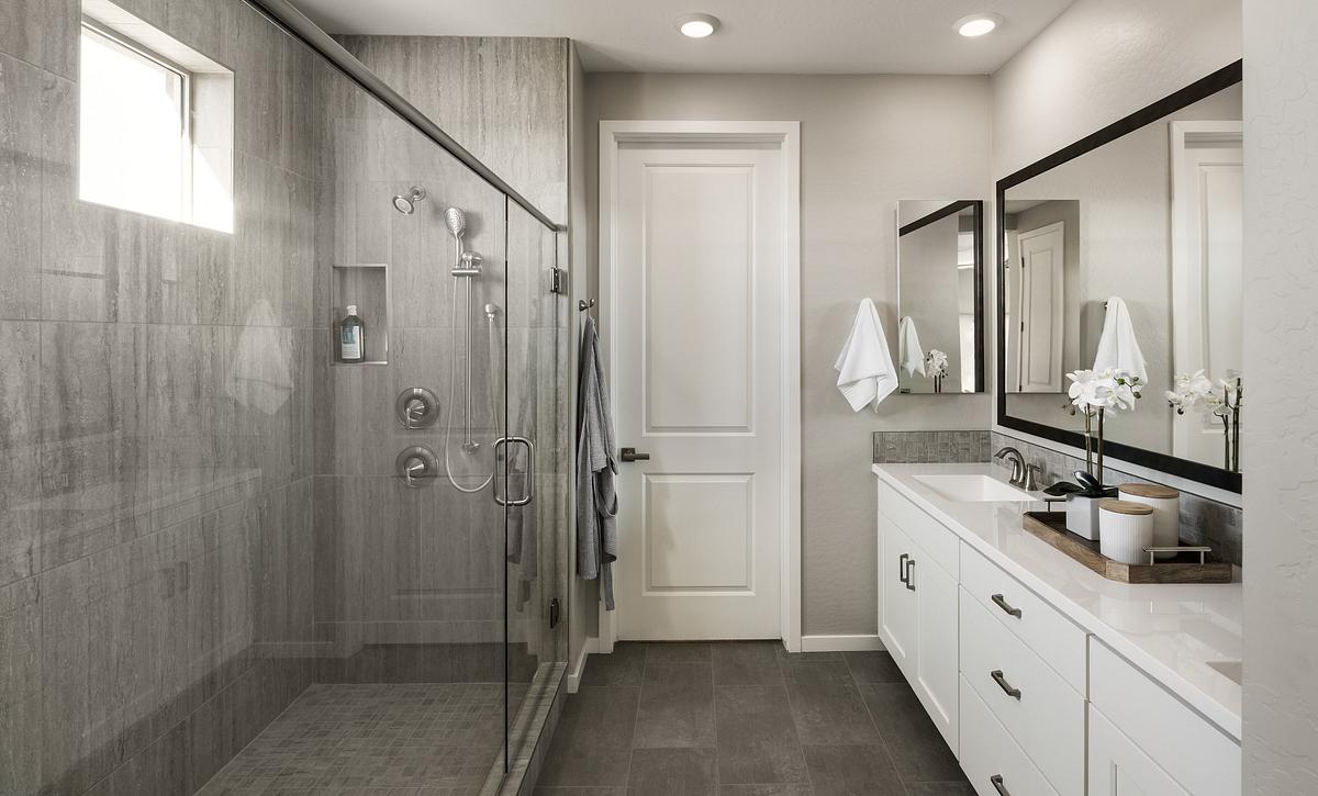 4026 Master Bath