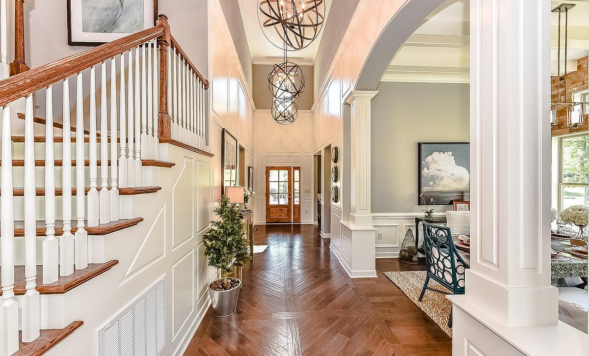 Redwood plan Foyer