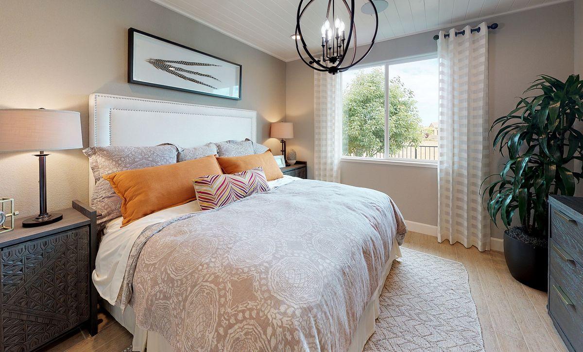 Muros Master Bedroom