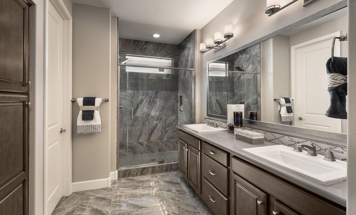 Lumina Model Master Bathroom
