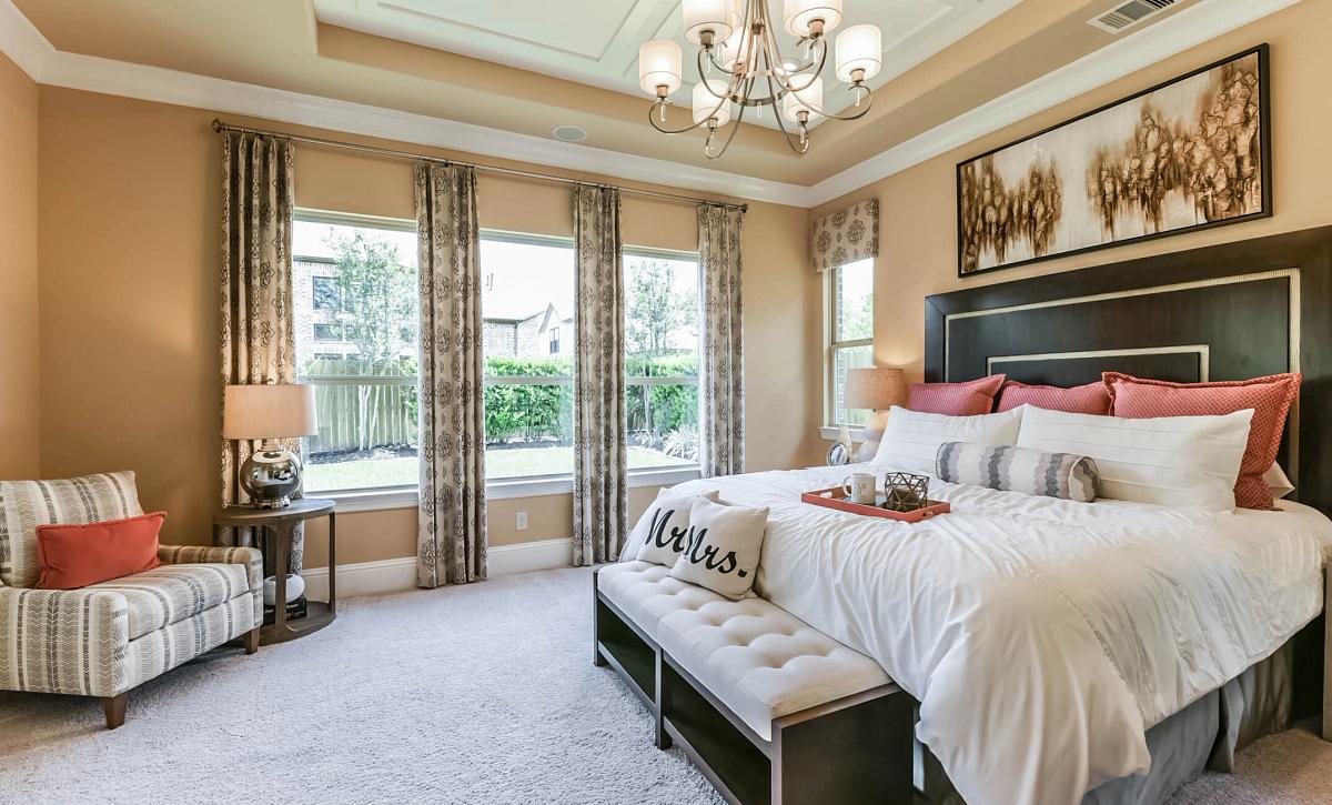 Del Bello Lakes Plan 5050 Primary Bedroom