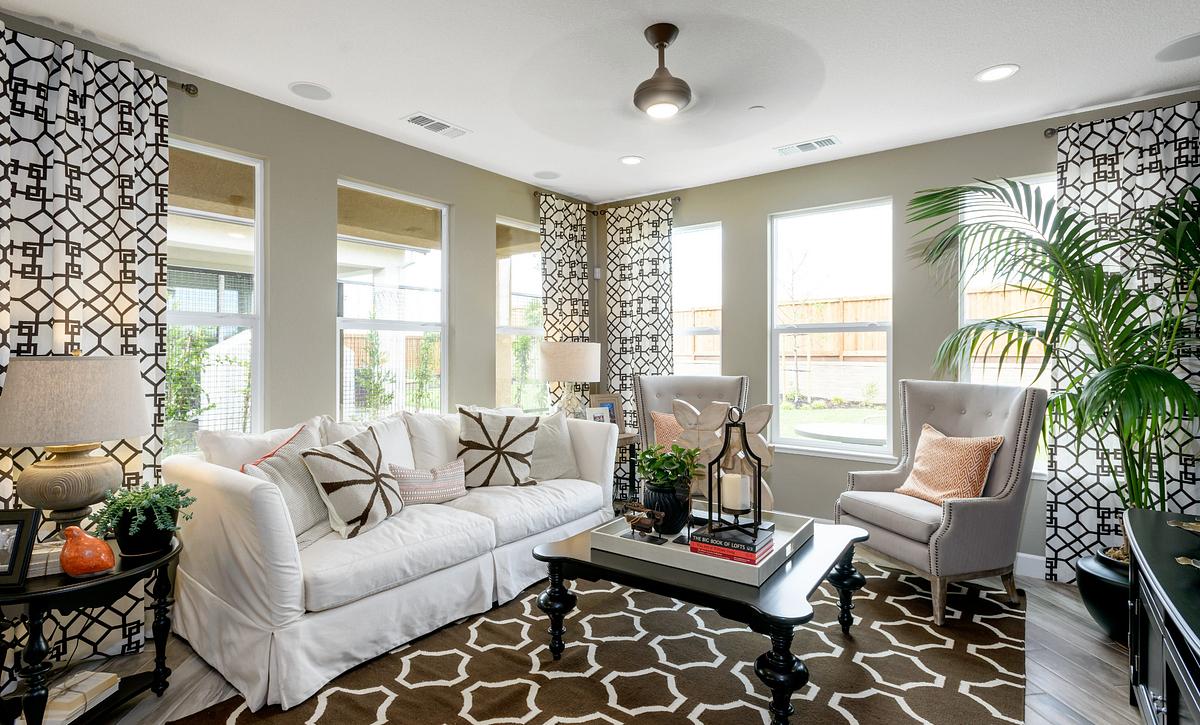 Trilogy Rio Vista Solana Living Room