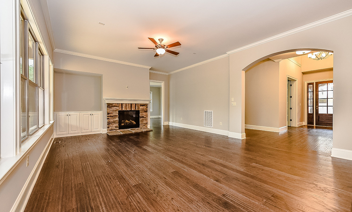 Preston plan Family Room w/ Sunroom option