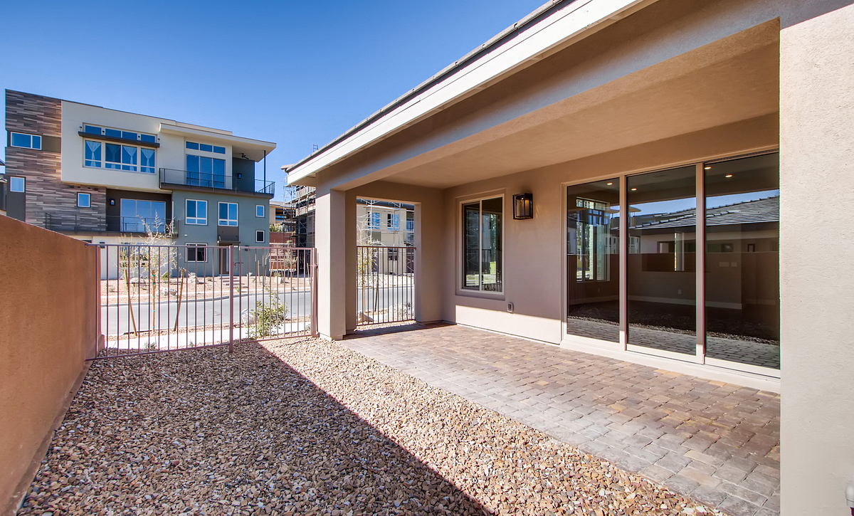 Trilogy Summerlin Retreat Covered Patio