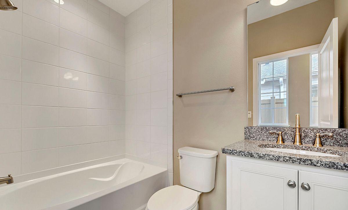 Trilogy Orlando Amalfi Plan Quick Move In Home Guest Bath