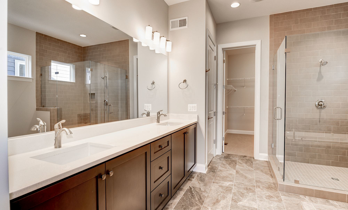 Trilogy at Lake Frederick Hensely Plan Quick Move In Master Bath