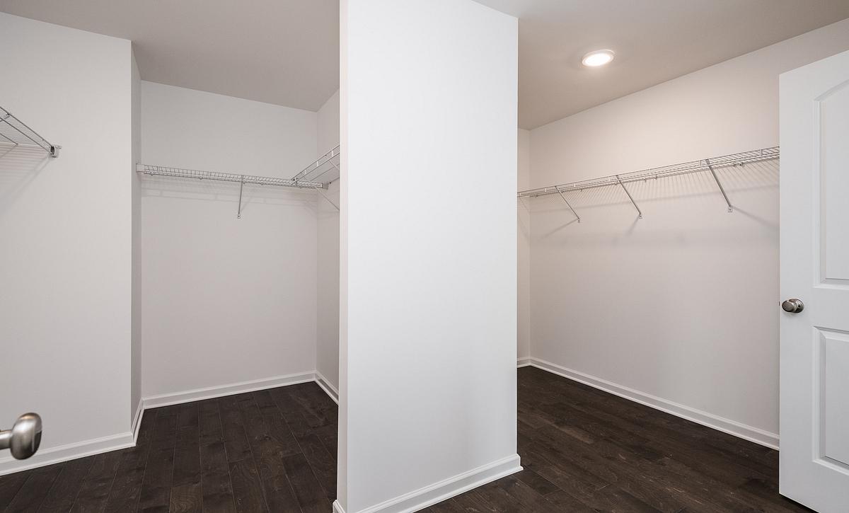 Weston Plan Owner's Walk-in Closet