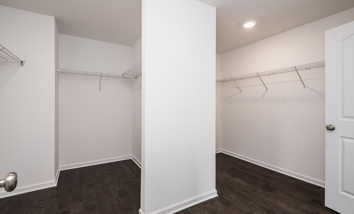 Weston Plan Owner's Walk-in Closet