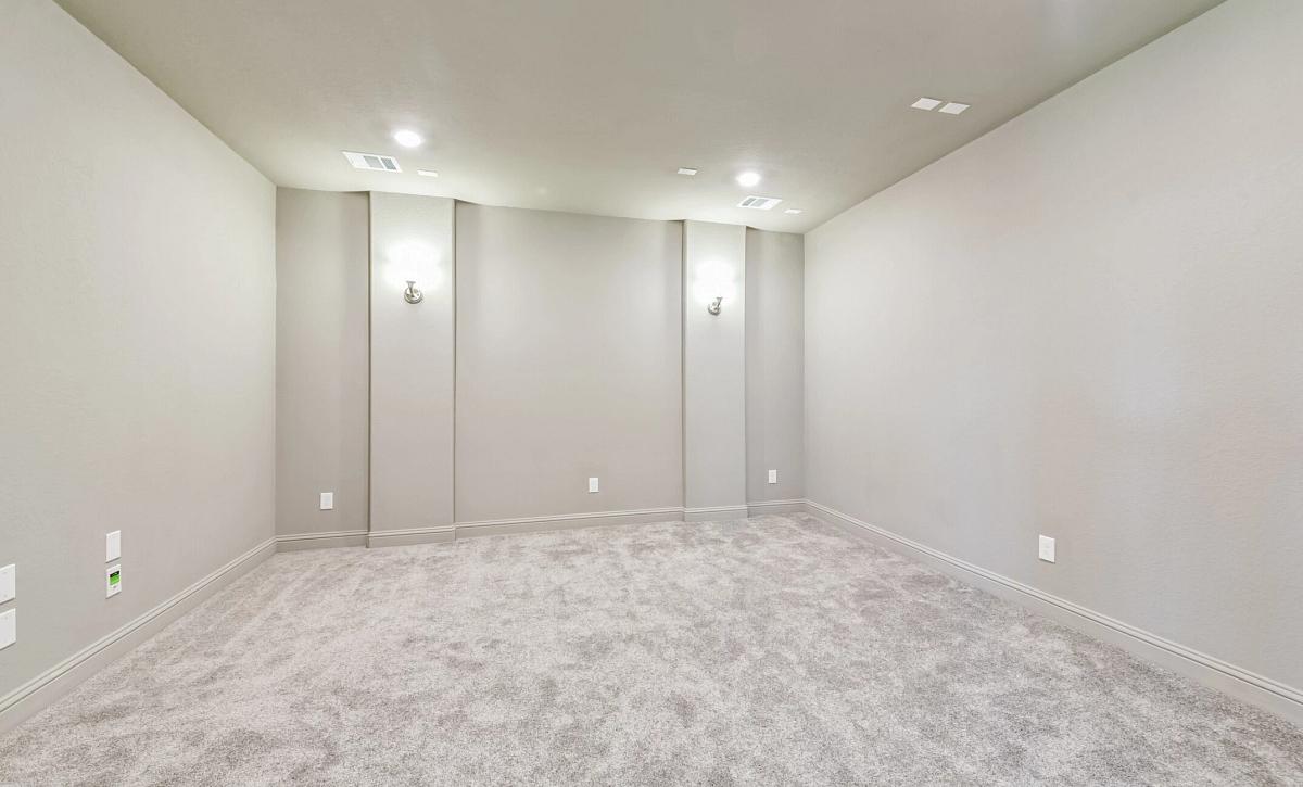 Plan 5050 Media Room
