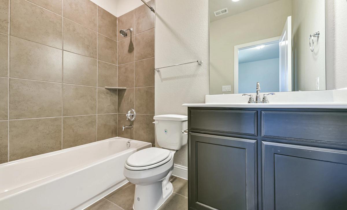 Plan 5050 Bathroom 3