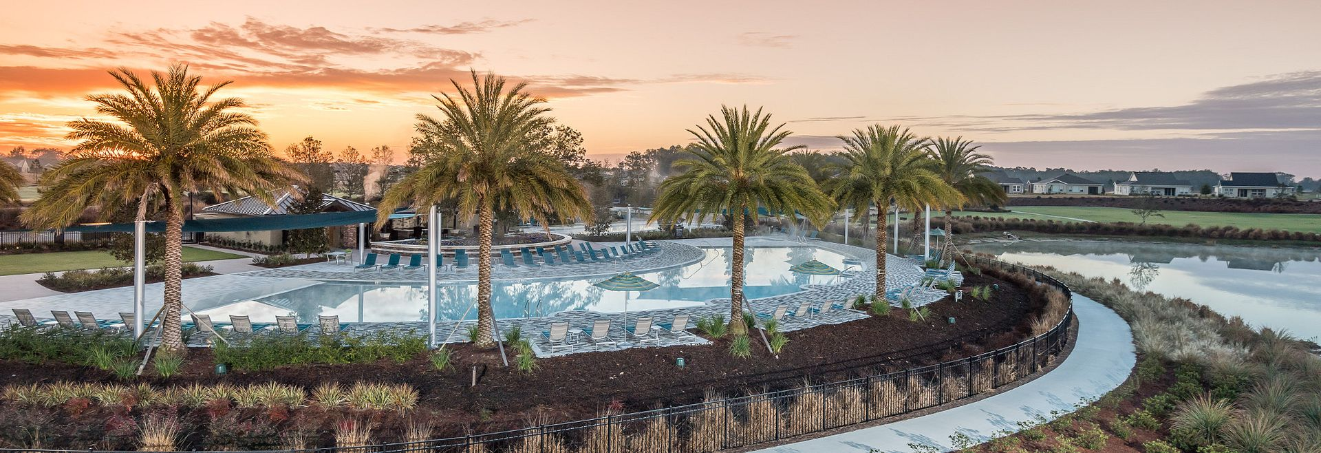 Oak House Club Resort Pool