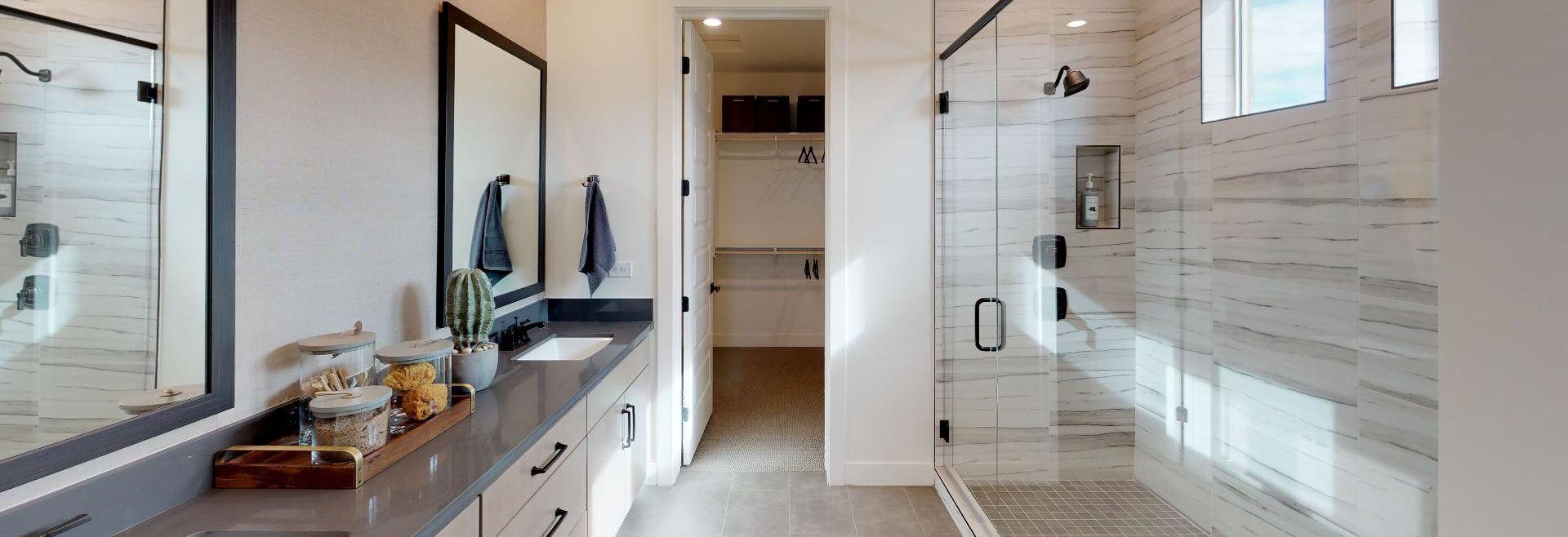 Plan 4024 Master Bath