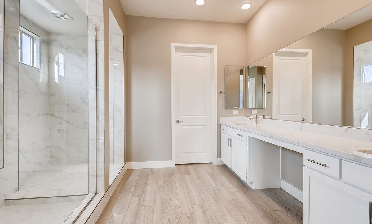 Trilogy Summerlin Viewpoint Master Bath