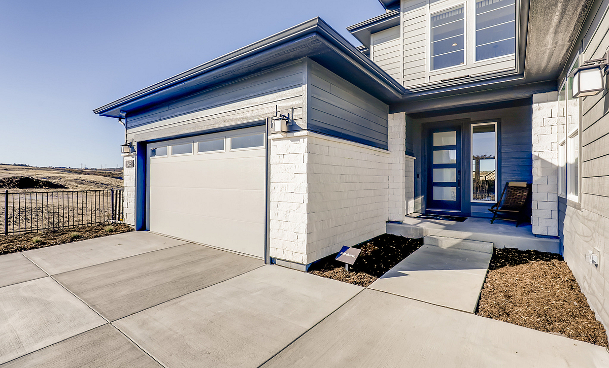 Canyons Luxe Stonehaven Front Porch