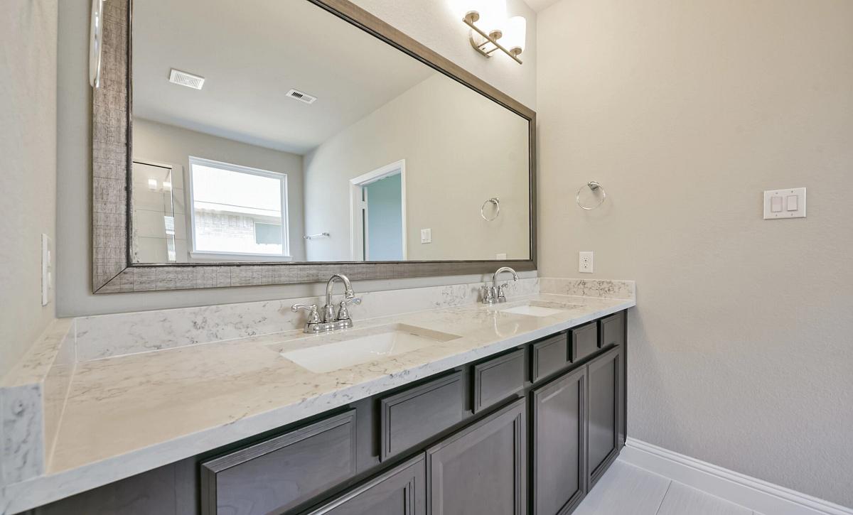 Meridiana 50 Plan 4049 Primary Bathroom