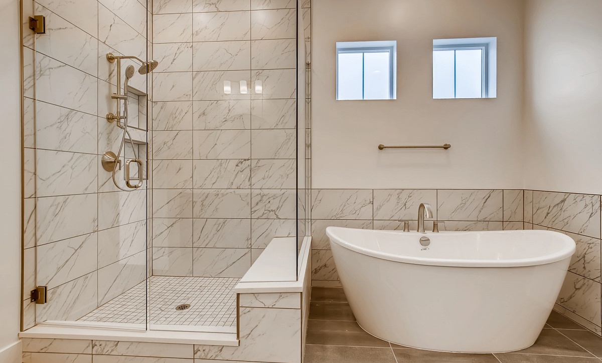 Canyons Retreat Preserve Lot 428 Primary Shower + Tub