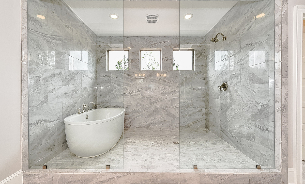 Preston plan Owner's Bath Spa option